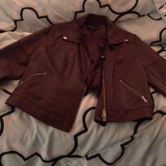 classic styles in stock professional website Plus size burgundy leather jacket